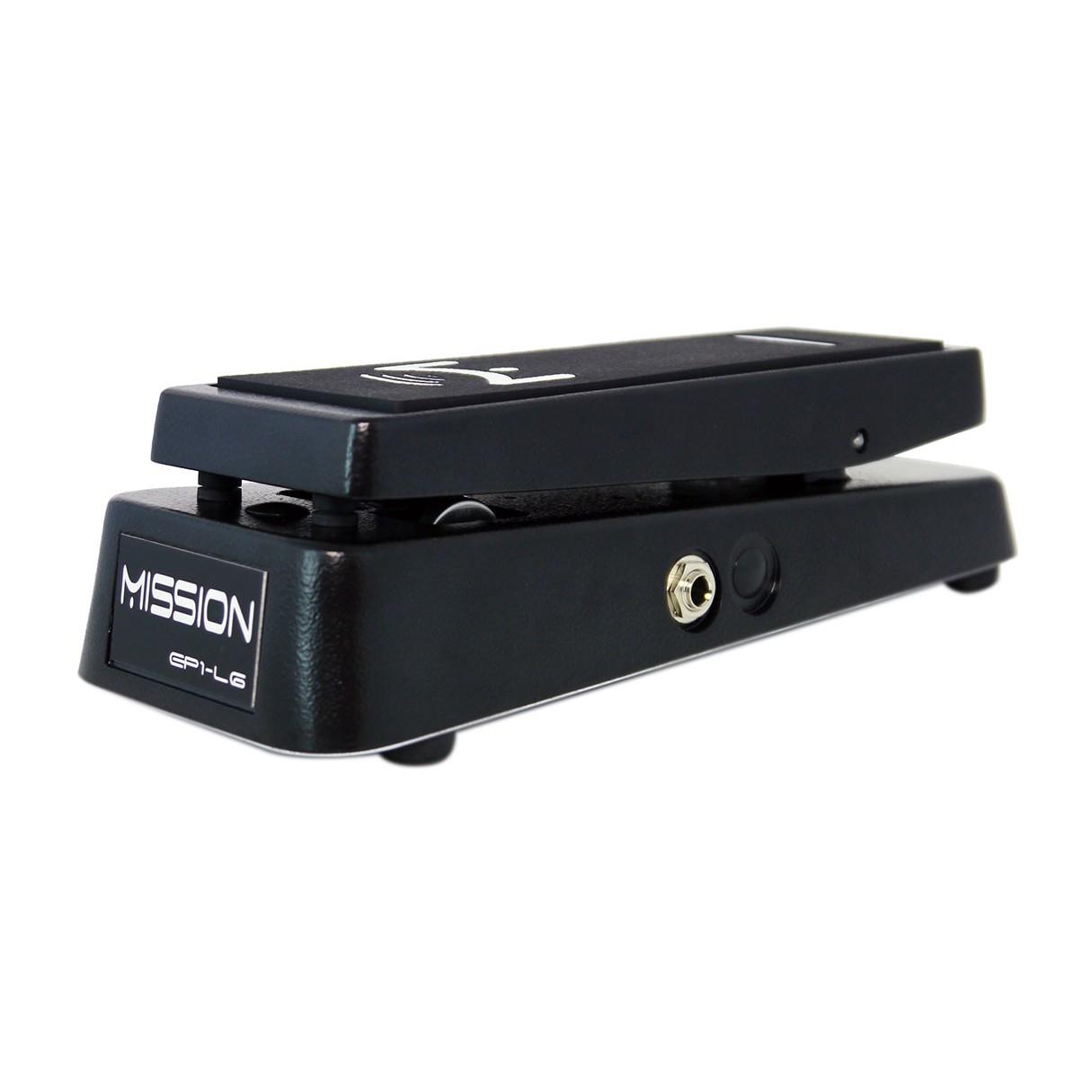 Line 6 Helix Rack + Helix Control + Case + Power Conditioner