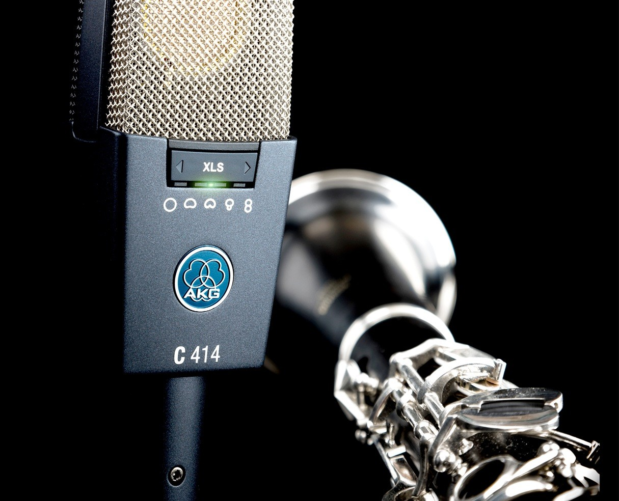 AKG C414 XLS - Glamor Shot
