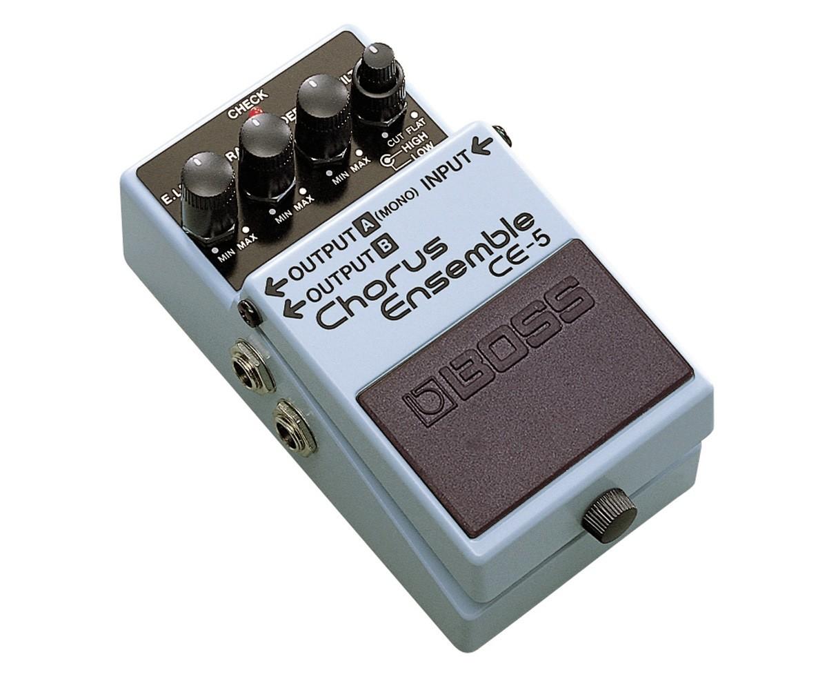 Stereo Chorus Ensemble Pedal - Angle