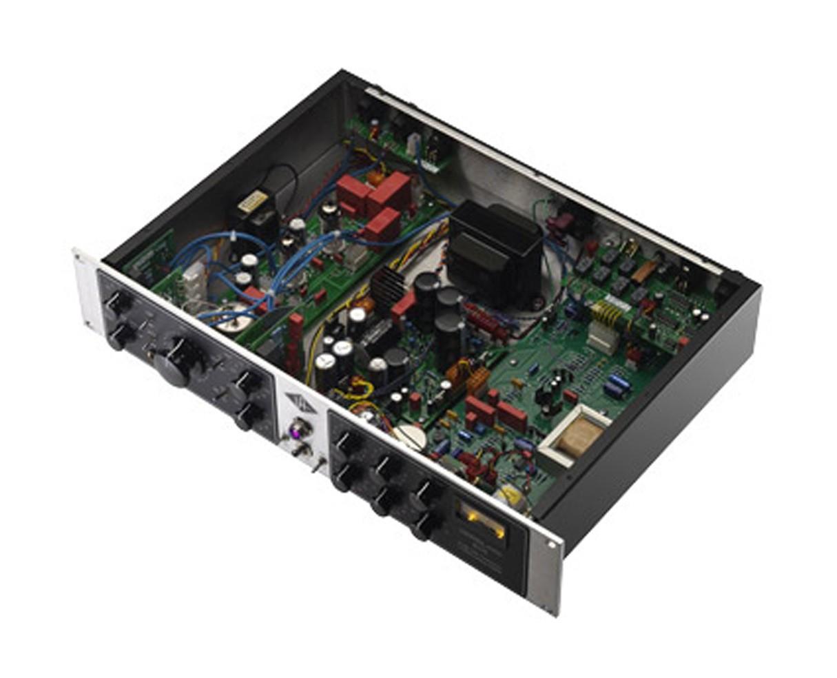 UAD-6176