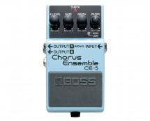 Stereo Chorus Ensemble Pedal - Front